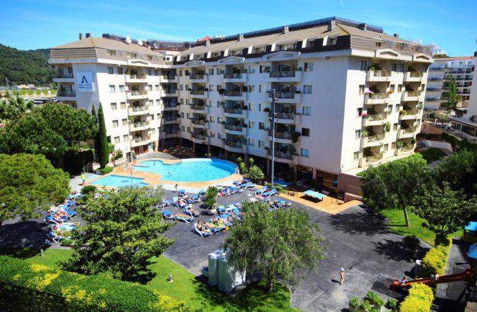 Сімейний відпочинок в AQUA MONTAGUT SUITES 4*(Іспанія)