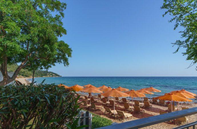 Відпочинок у затишному готелі Греції
