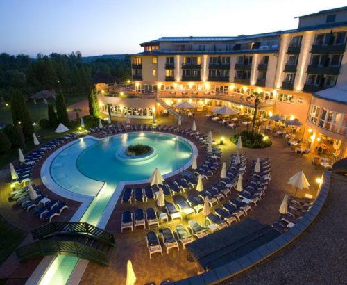 Відпочинок та оздоровлення в Lotus Therme Hotel & Spa Heviz 5* – 584 EUR