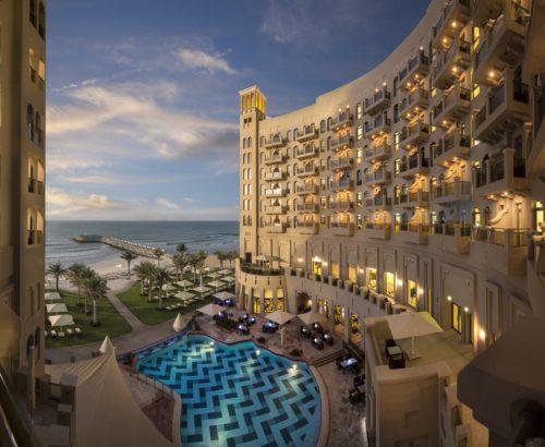 Вишуканий відпочинок в Bahi Ajman Palace Hotel 5*