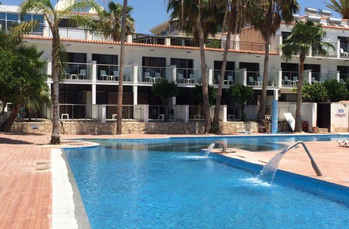 Сонячний Кіпр за привабливою ціною