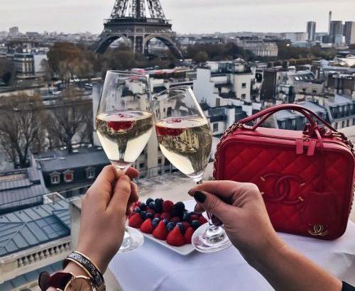 Романтичний Париж за 163 Eur