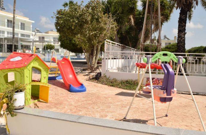 Кіпр зі Львова за найнижчою ціною, Fedrania Gardens – 339 EUR