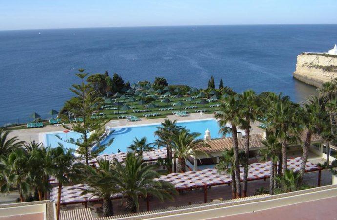 Відпочинок на узбережжі Португалії