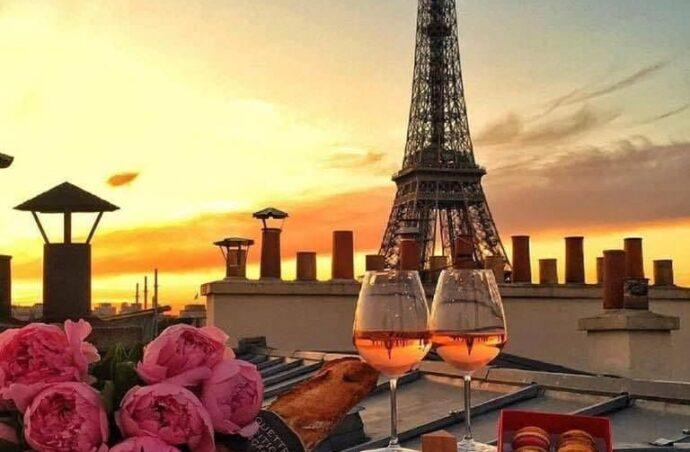 Ти ще не обрав куди хочеш поїхати?Поїхали на Рандеву в Париж!